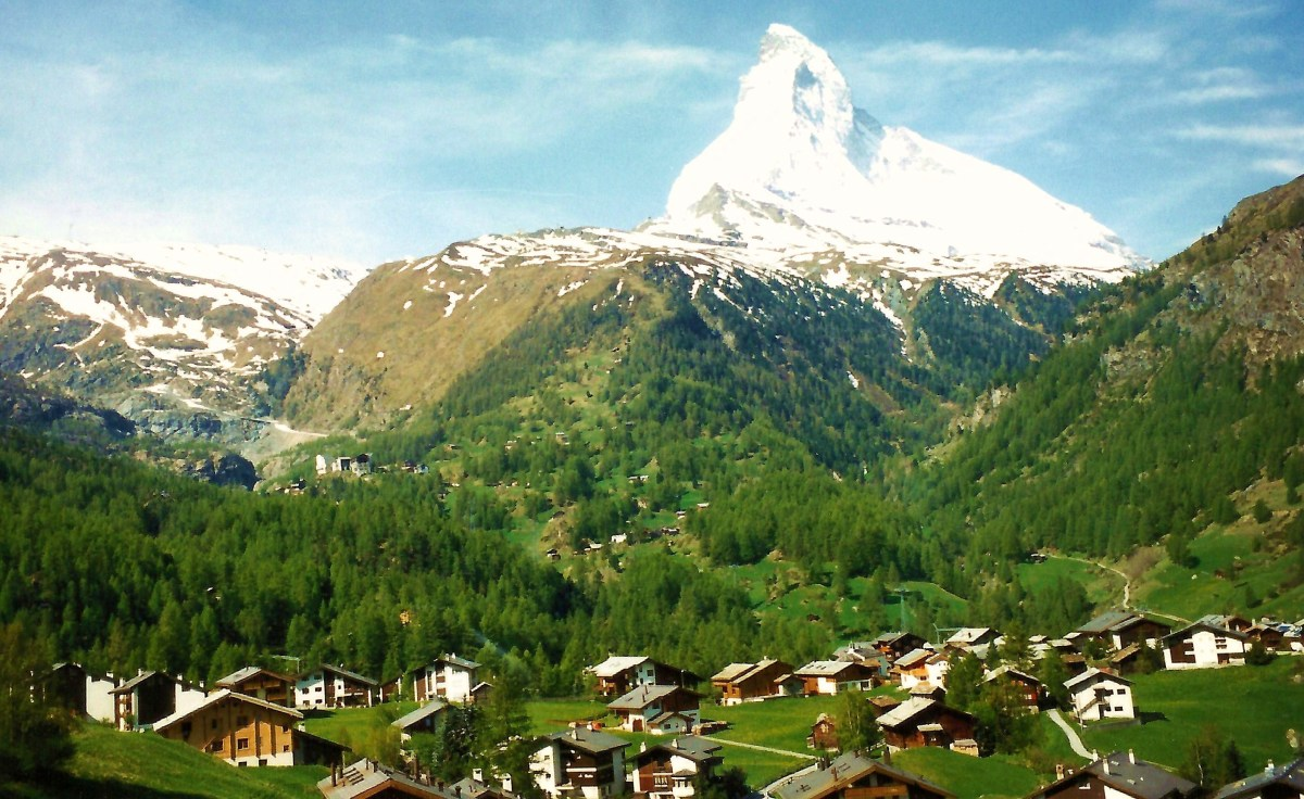 Photo of snow capped Matterhorn