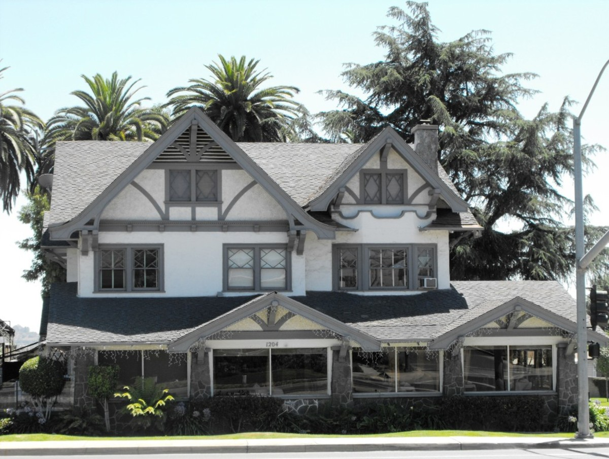 This turn of the 20th century house is at Foothill and Moreno.