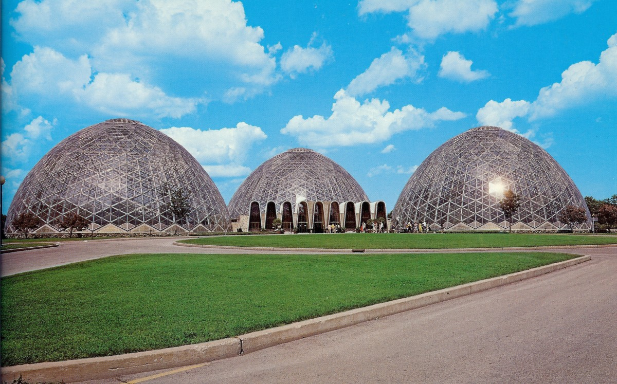 Postcard photo of Mitchell Park Domes in Milwaukee