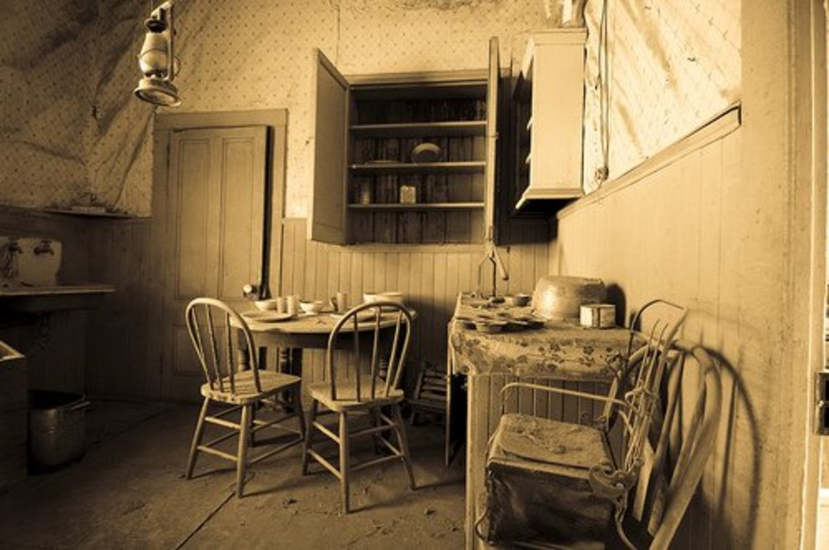 This shows the inside of a small one room cottage. These types of homes were typical in Oklahoma pioneer life.