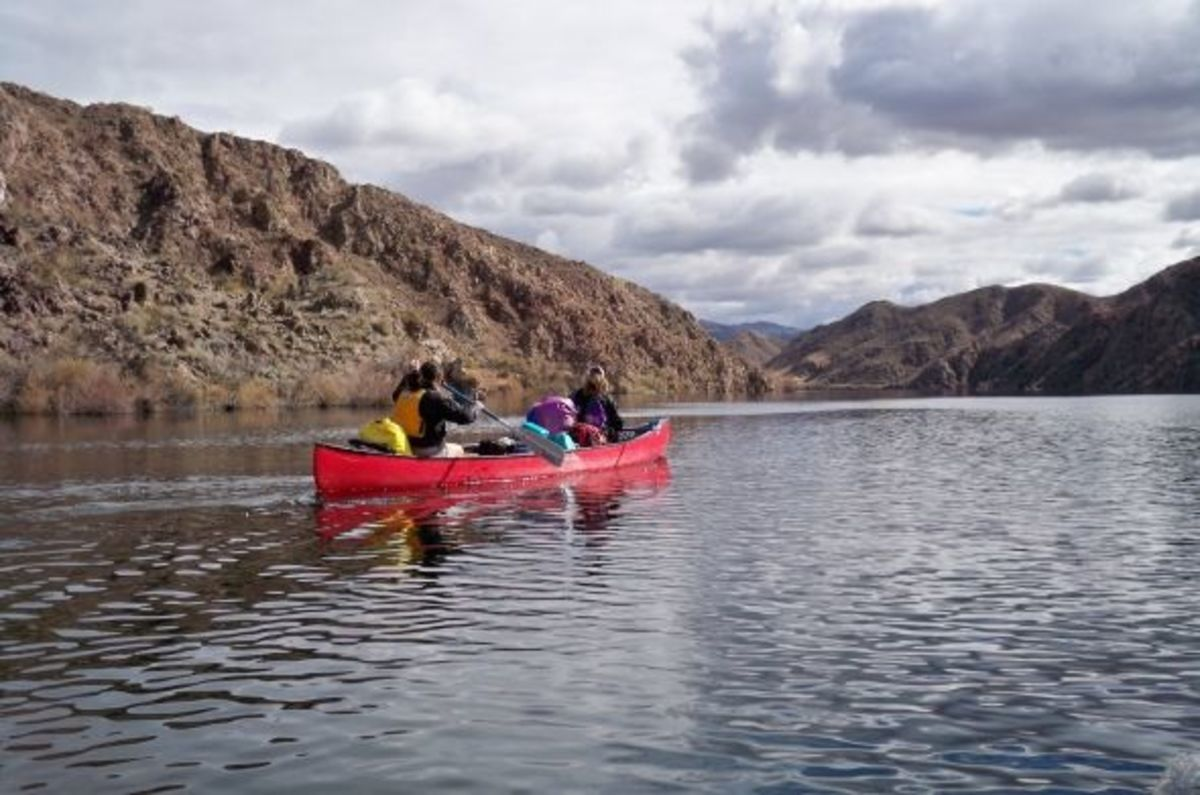 Canoeing Black Canyon