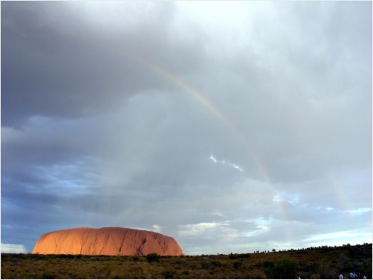 Double rainbow of Uluru, Australia