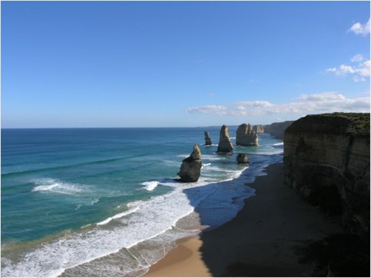 Twelve Apostles rock formation, Australia