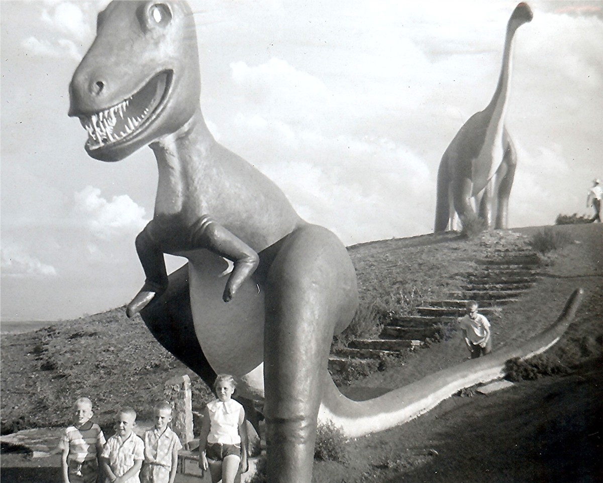 """Kids enjoyed this park - Tommy, Johnny, Billy & Peggy"" (Dinosaur Park - South Dakota)"