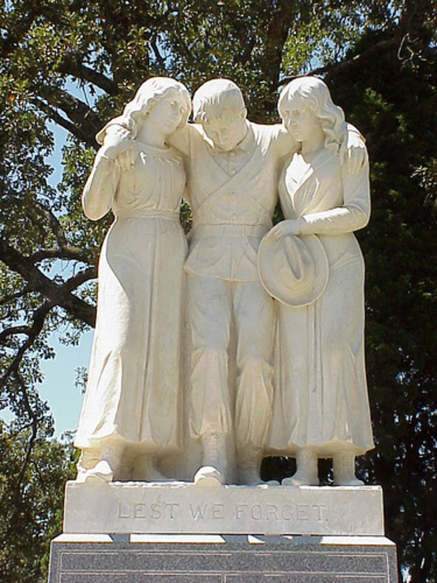 The Statue that Resides over Captain James E. Reynolds Final Resting Place.