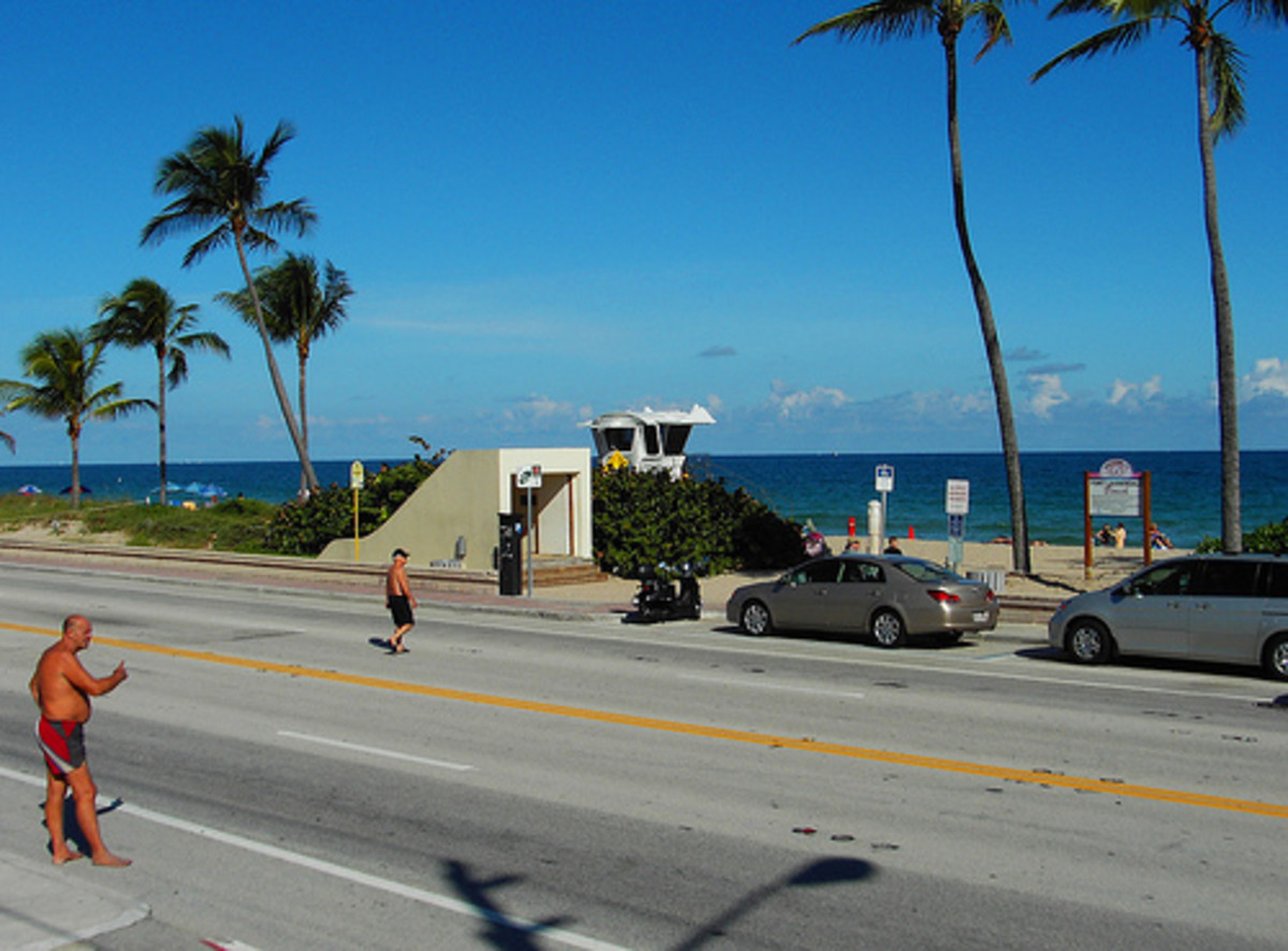 tunnel exit on beach side of Hugh Taylor Birch, across A1A