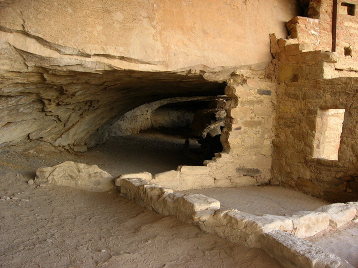 Tunnel Entry to Balcony House; crawl or stoop, depending on your height