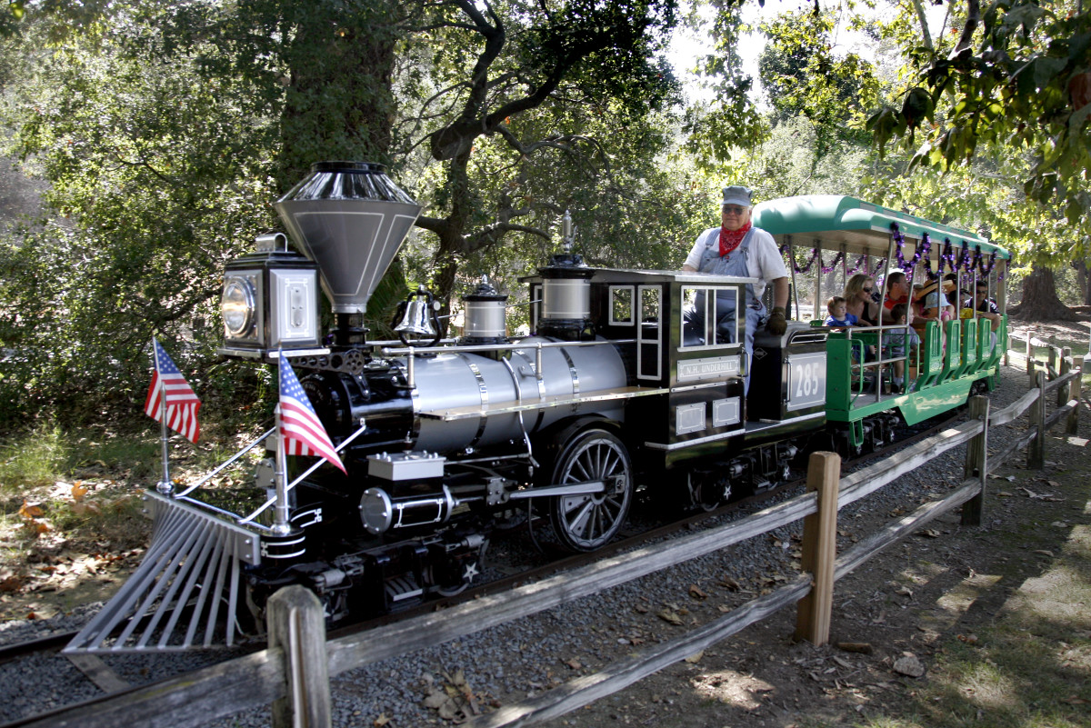 Ride the train through Irvine Park.
