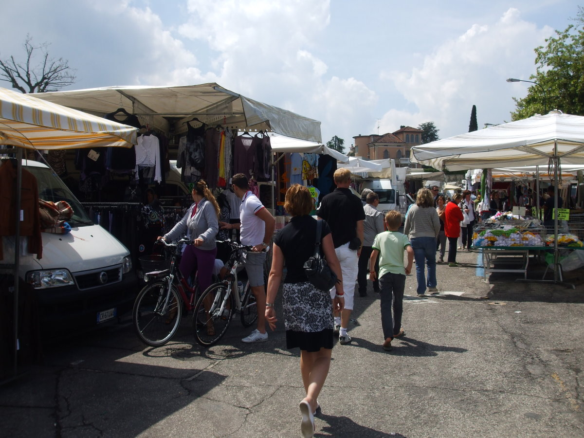 Market Day in Peschiera