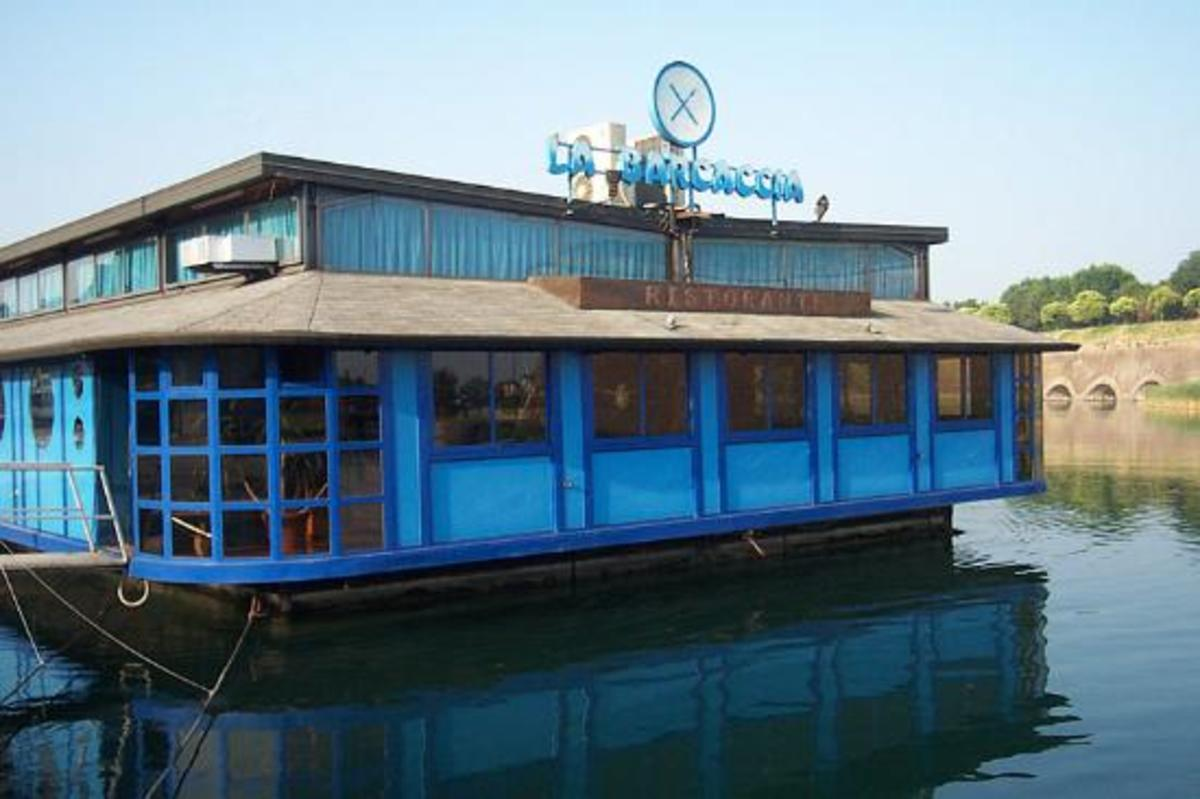 La Barcaccia restaurant in Peschiera del Garda