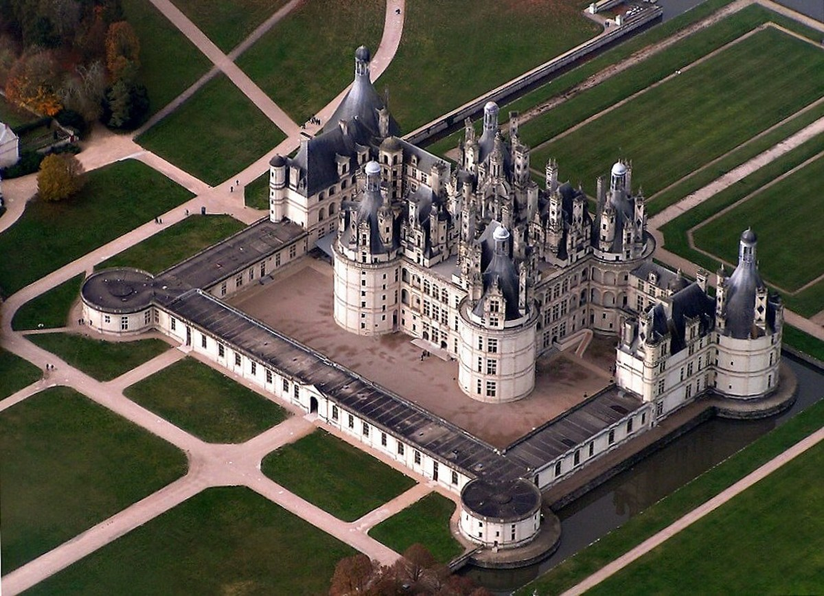 An aerial view of Chateau de Chambord