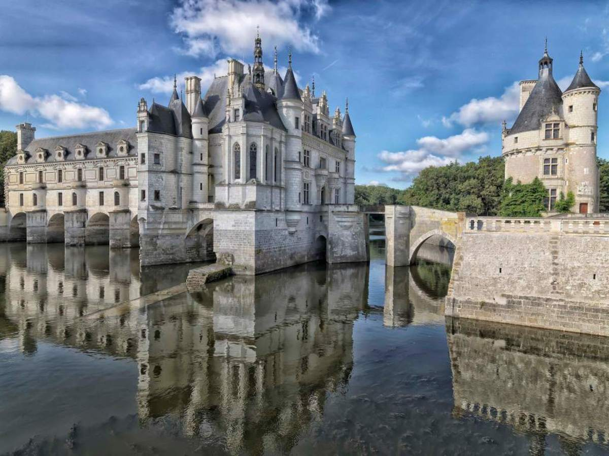 A view of the Chateau de Chenonceau library and chapel from the northeast