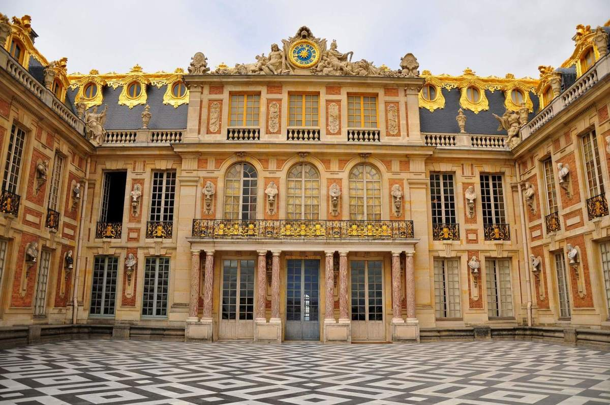 The marble court at Versailles (image by Kimberly Vardeman)