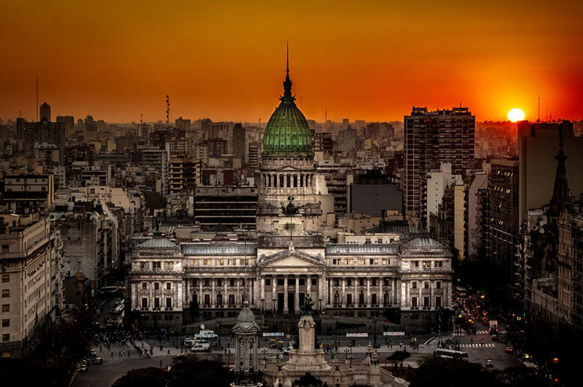 Atardecer en el Congreso de la Nación Argentina.jpg