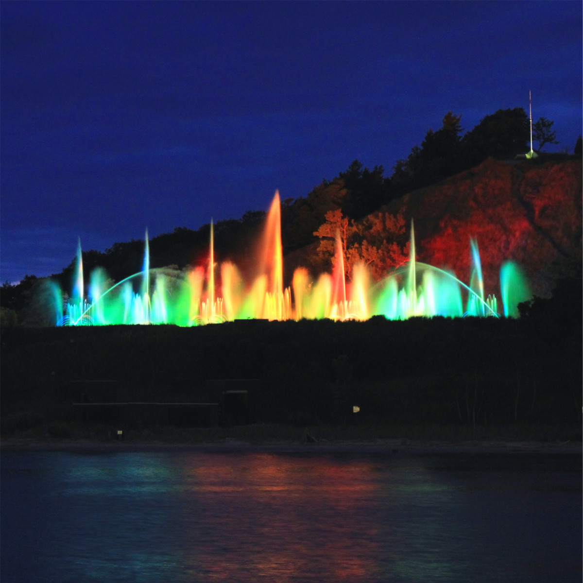 Musical fountain, Grand Haven