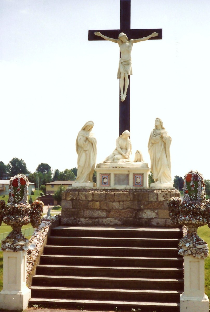 Cemetery at this Dickeyville Grotto church