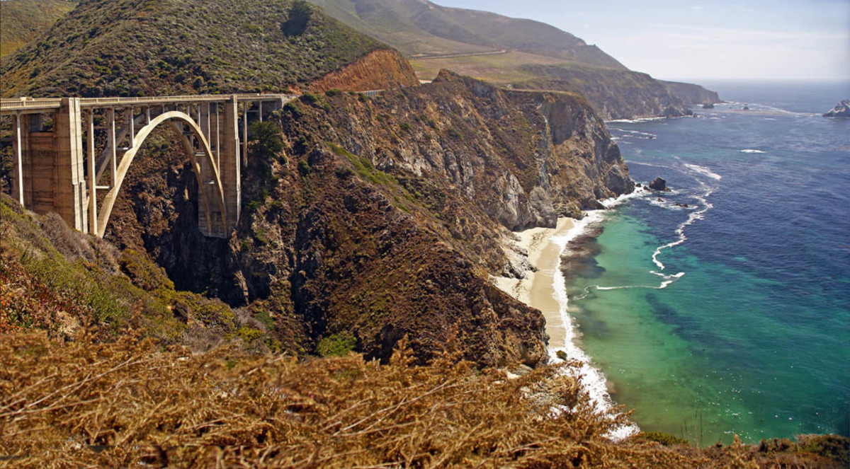 The Big Sur coast with Bixby Bridge.