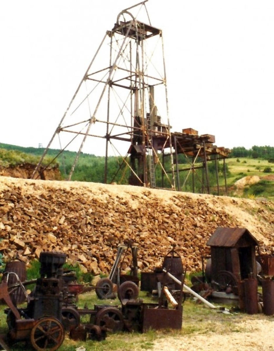 Old mining equipment in Cripple Creek