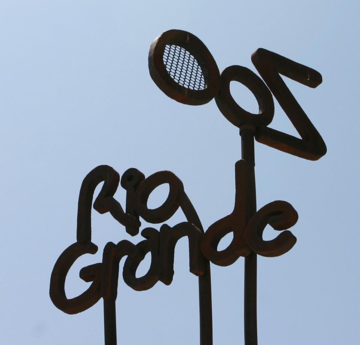 Rio Grande Zoo sign
