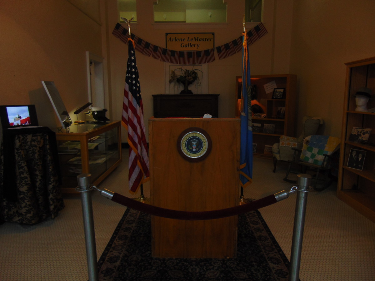 Rotating exhibit featuring the podium that John F. Kennedy spoke at during the Dedication at Big Cedar.