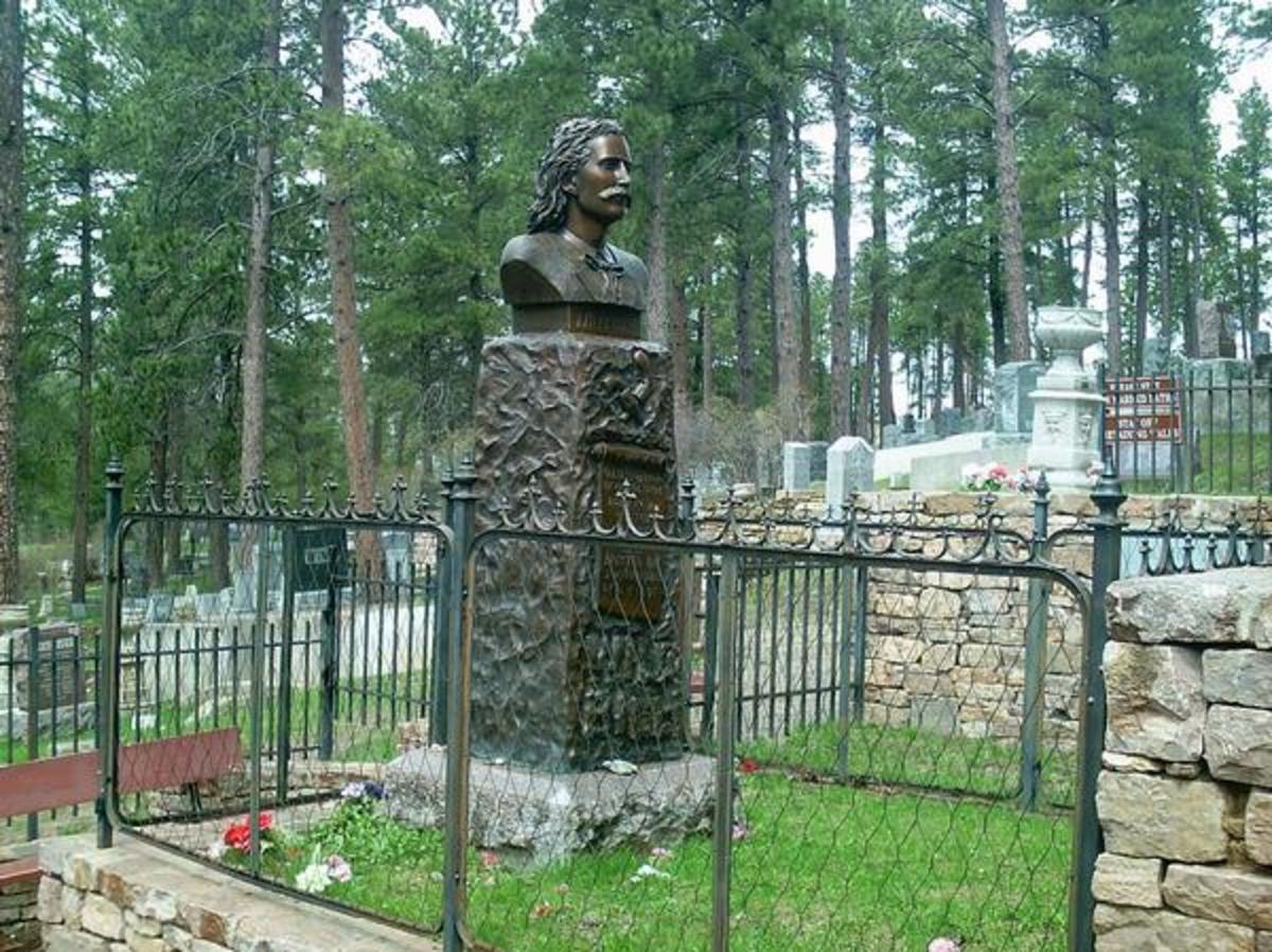 The headstone and likeness of Wild Bill Hickock at Mt. Moriah Cemetary in Deadwood, SD.