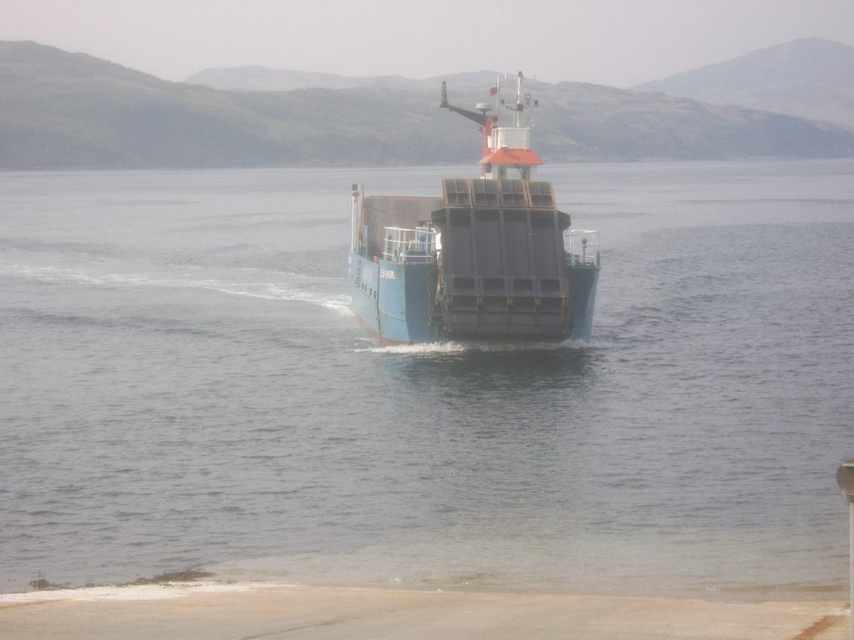 Islay Ferry Approaching Jura