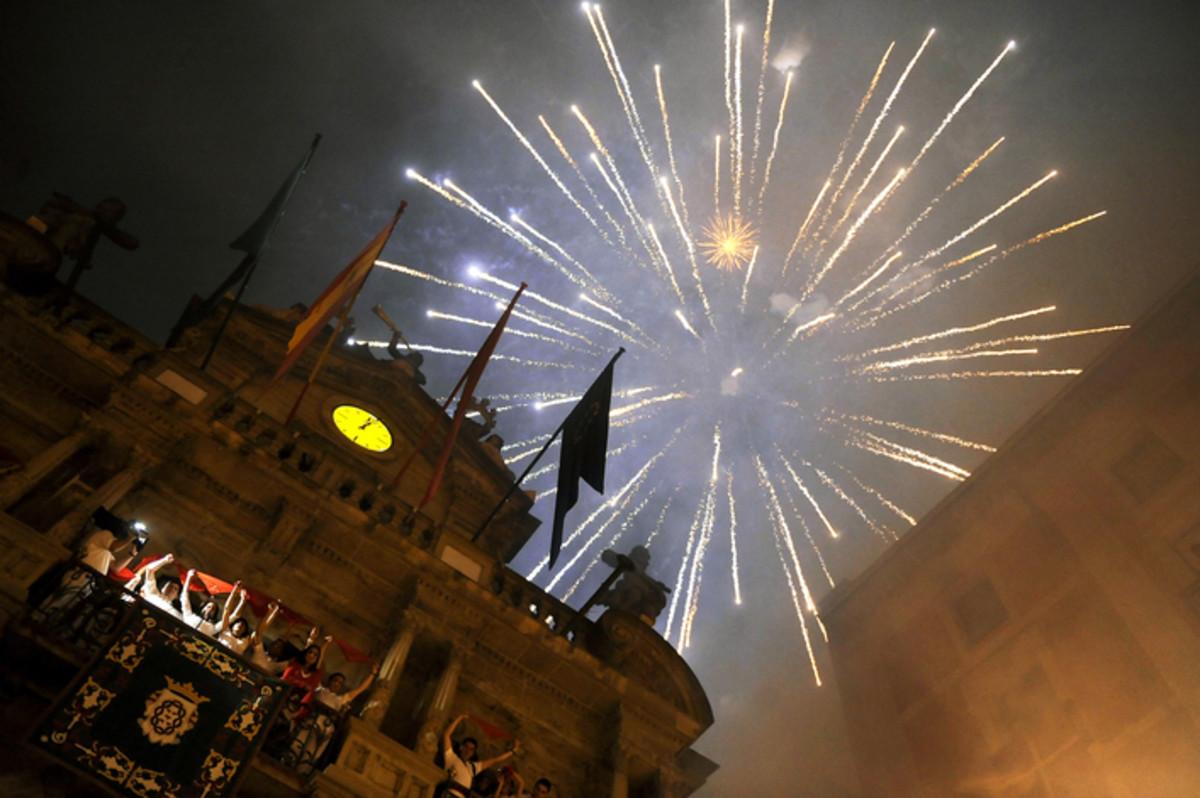 Fireworks at the festival-ending Pobre de Mi