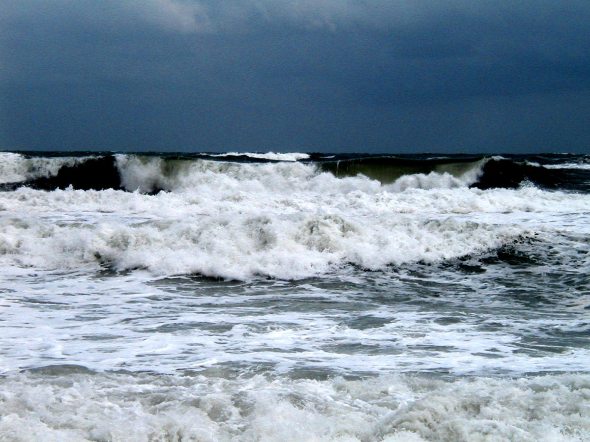 A powerful ocean just before a hurricane. Enjoy from a safe distance!  It's a sight to see.