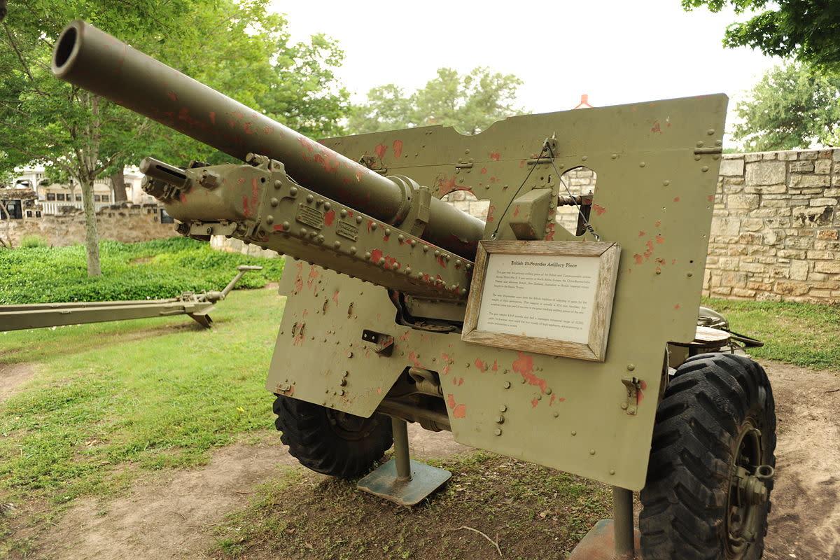 British 25-Pounder Artillery Piece at Nimitz Museum