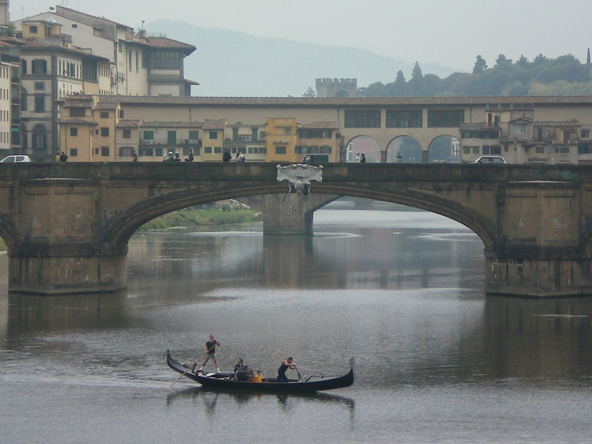 An unusual sight: a gondola on the Arno (c) Anne Harrison