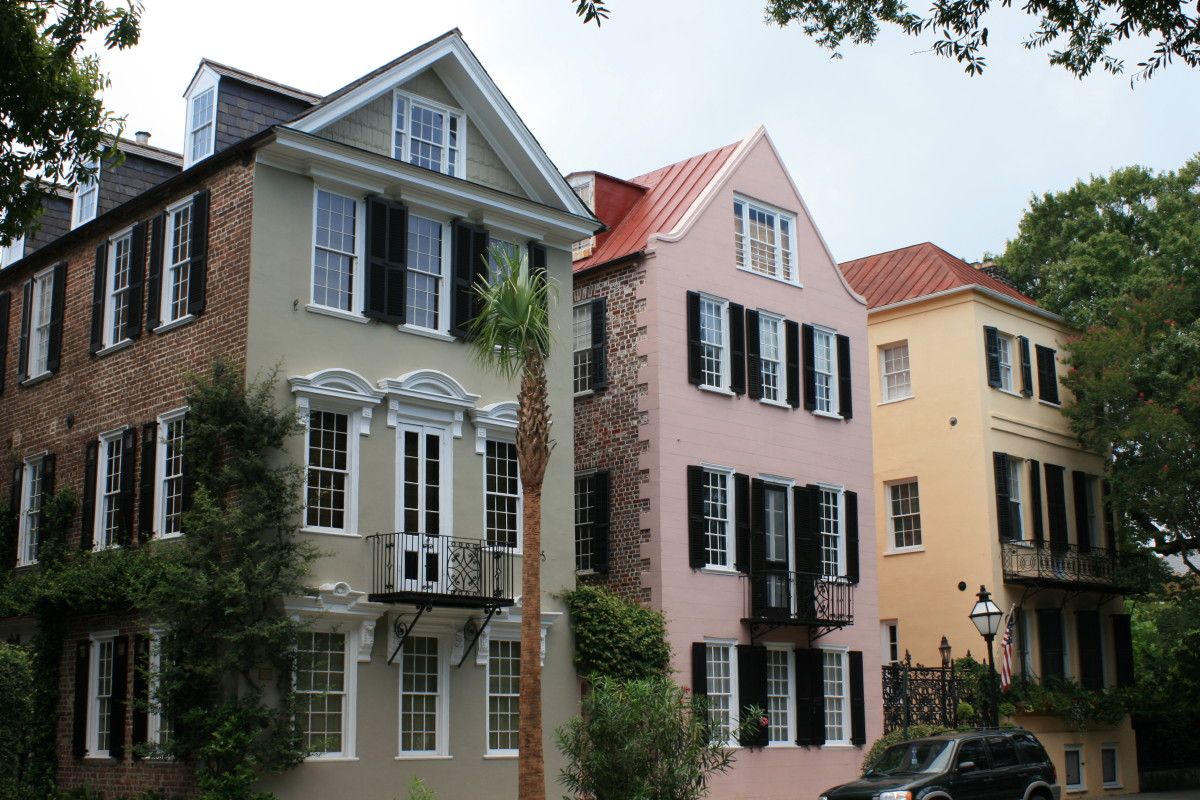 Colorful historic homes in Charleston.