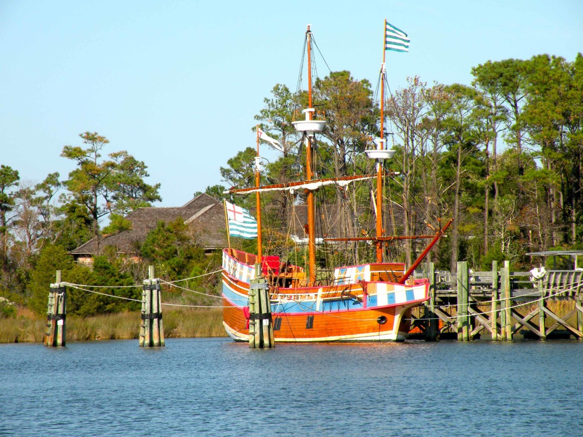 Elizabeth II, a replica of the sailing vessels that brought the first settlers to Roanoke Island.