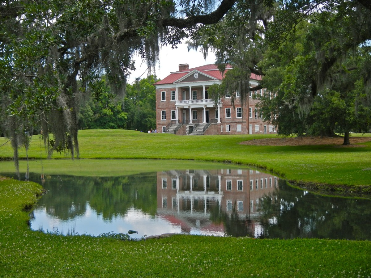 Drayton Hall Plantation in Charleston, SC