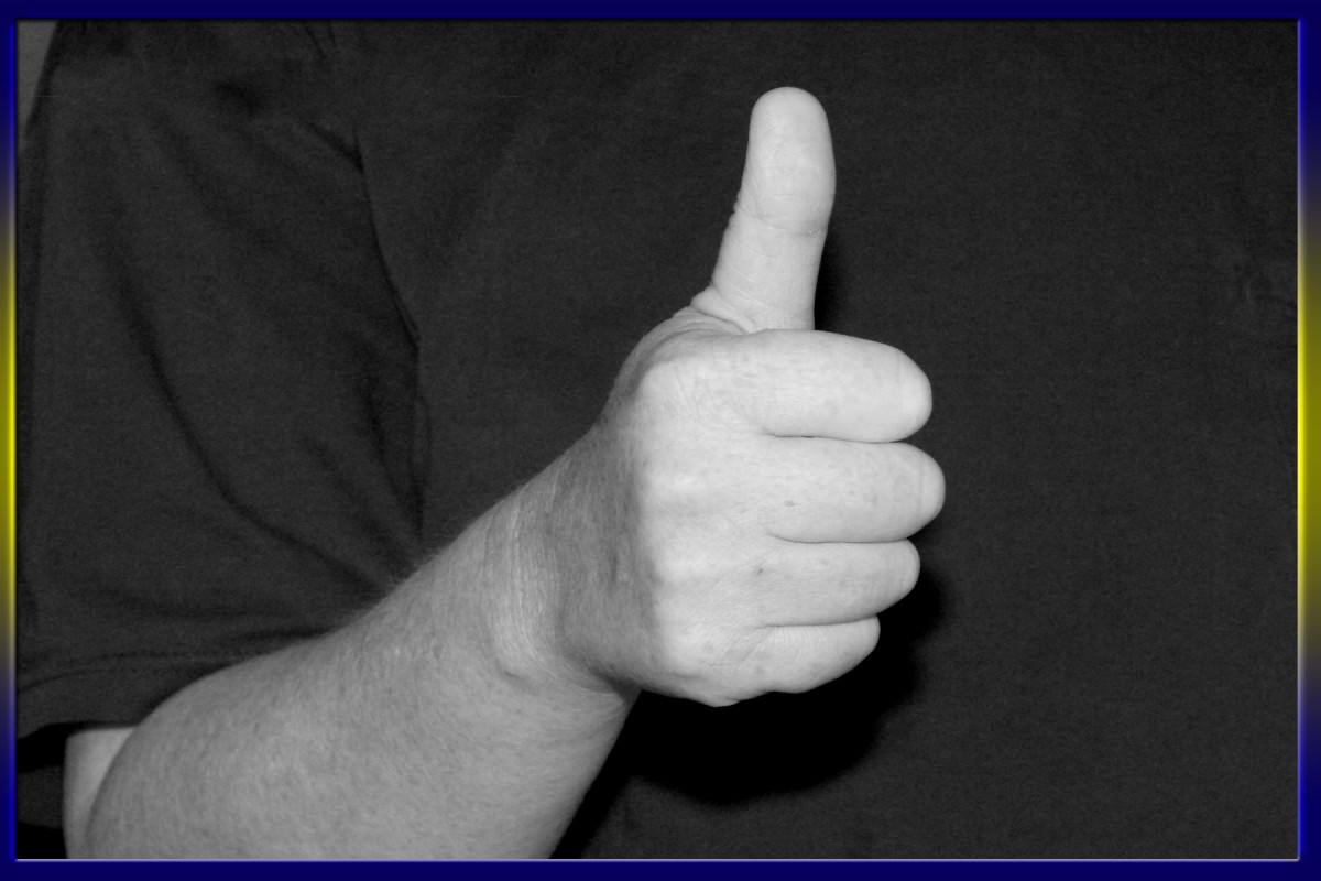 """Use the thumbs-up gesture meaning """"okay"""" when in Greece. Using the western style for okay: a circle using your forefinger and thumb is considered really vulgar and quite rude!"""