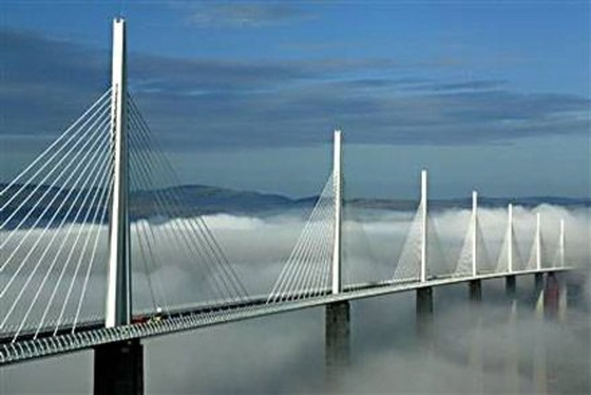 The Millau Viaduct - Sailing above the clouds...