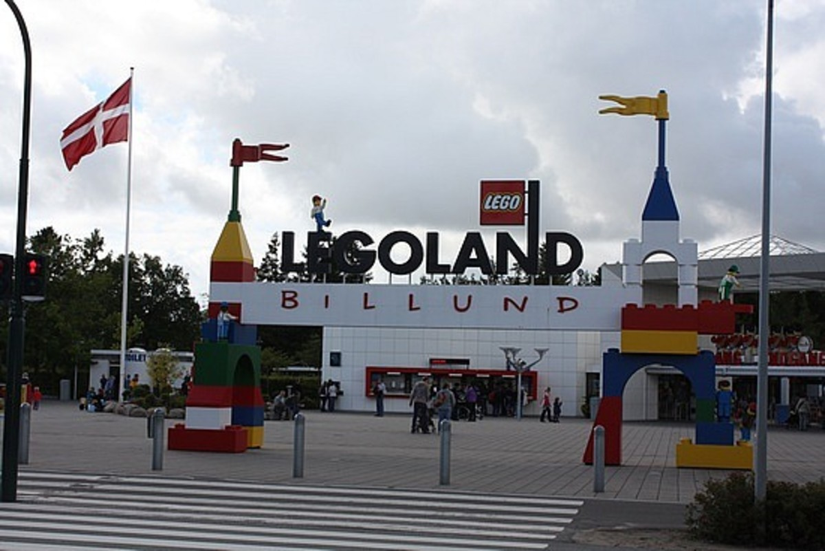 the entrance to the Billund Legoland theme park.