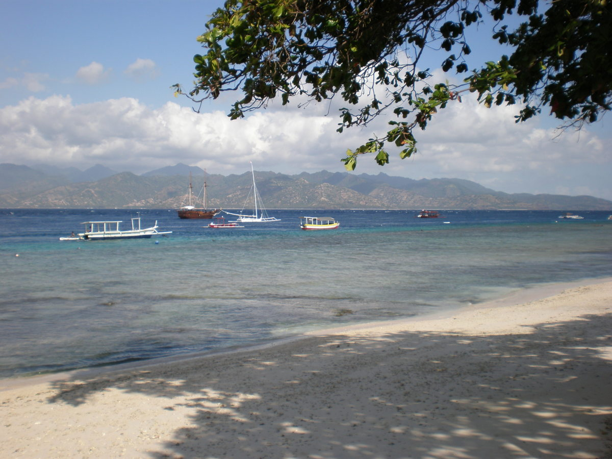Cristal clear waters and amazing colors of Gili Trawangan, Indonesia.