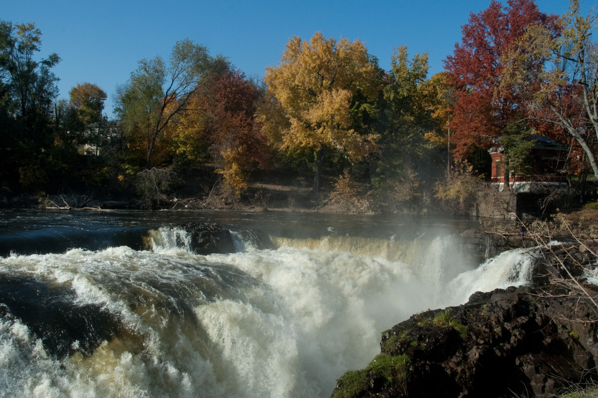 A view of the falls from the pedestrian bridge.