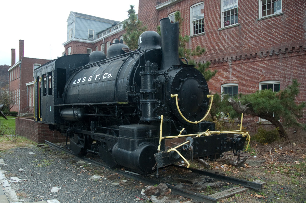 Rogers steam locomotive at the Paterson Museum