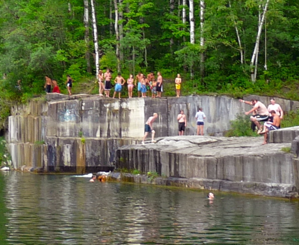 Jumping off the cliffs at Dorset Quarry