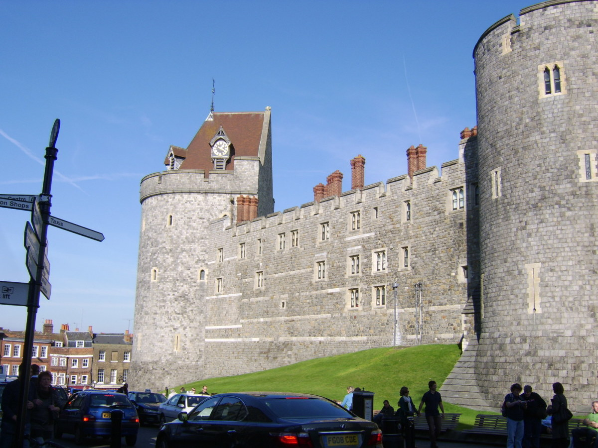 The Curfew Tower, Windsor Castle, seen from Thames Street