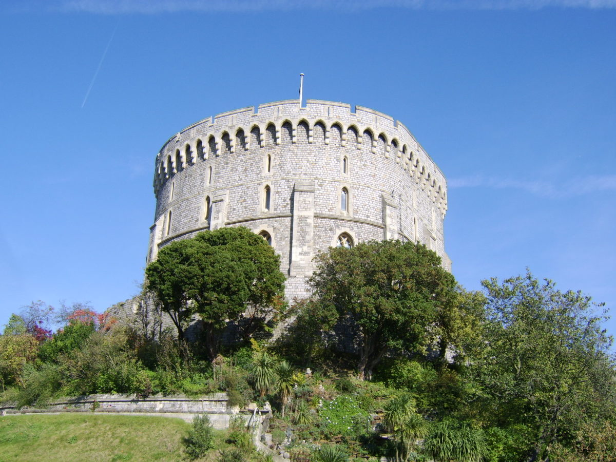 The Round Tower dominates the Middle Ward of Windsor Castle and is close to the centre of the compound