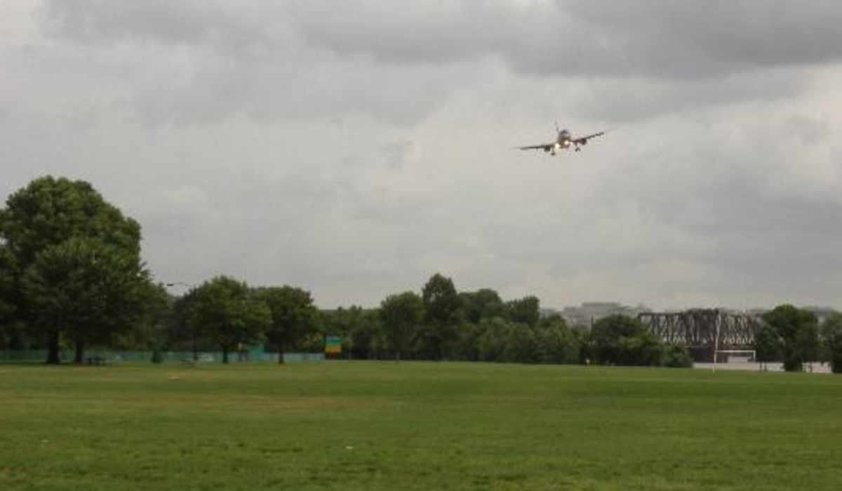 Planes, Fields and Fun!  Gravelly Point is a Great Outdoor Space!