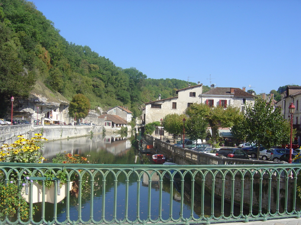 Waterside views, Brantome