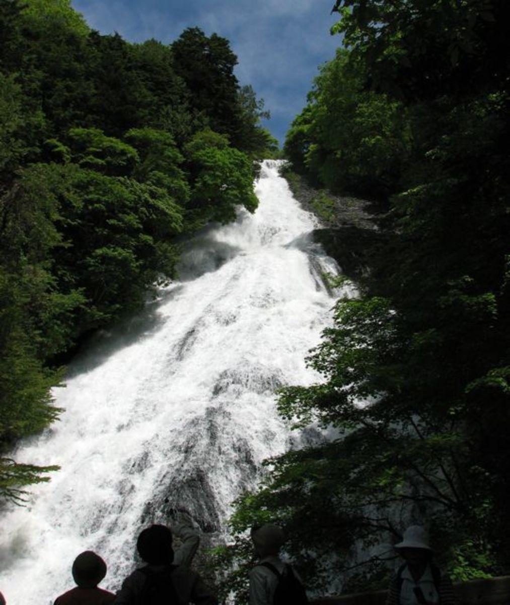 Yu falls (Yudaki) - from the bottom!