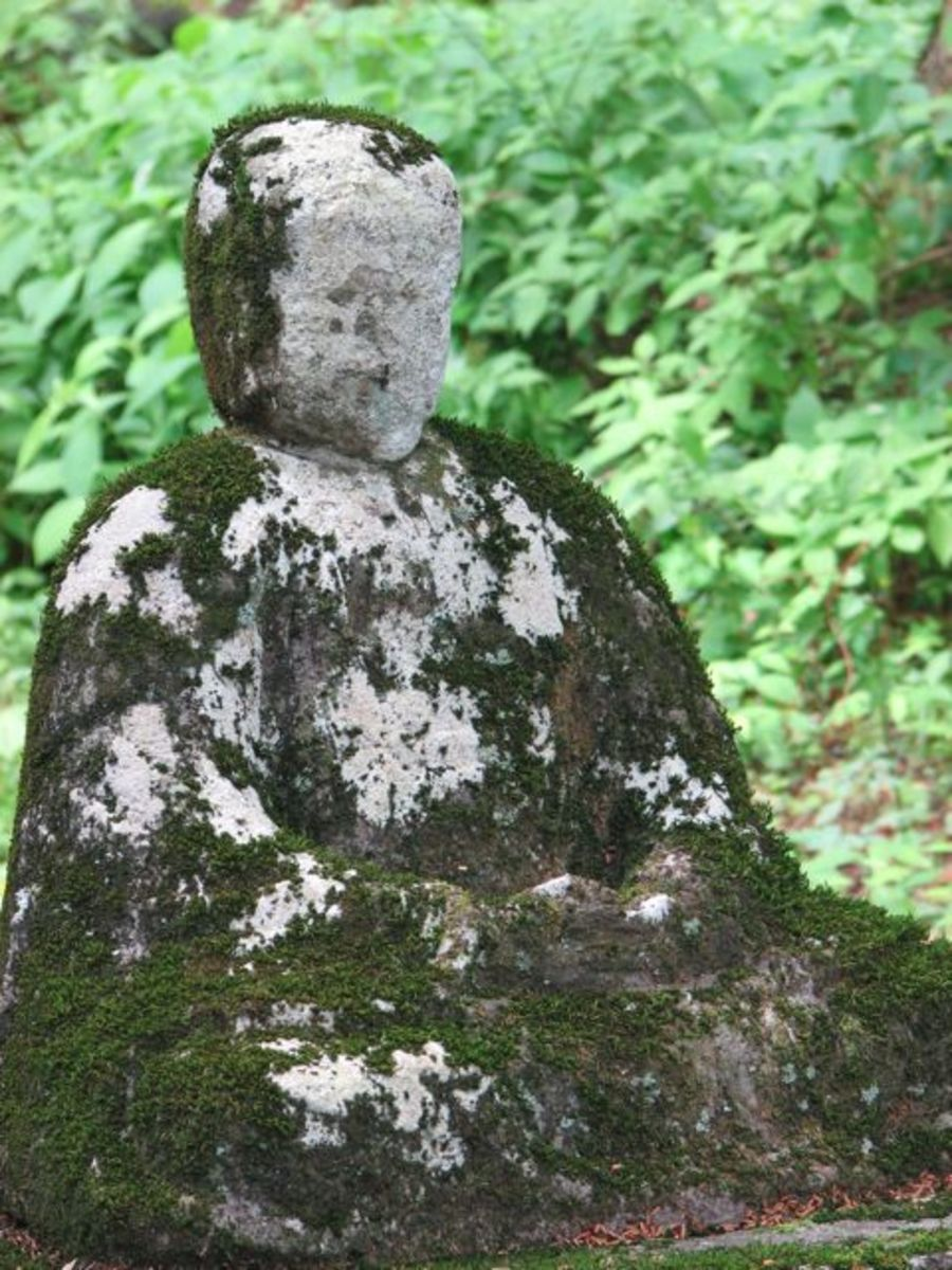 A Jizo statue at the shrine near Shiraito falls.