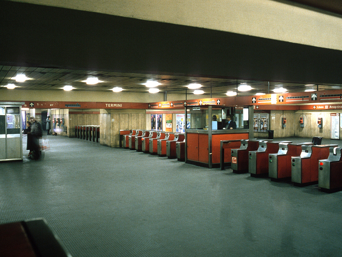 The Metro Station