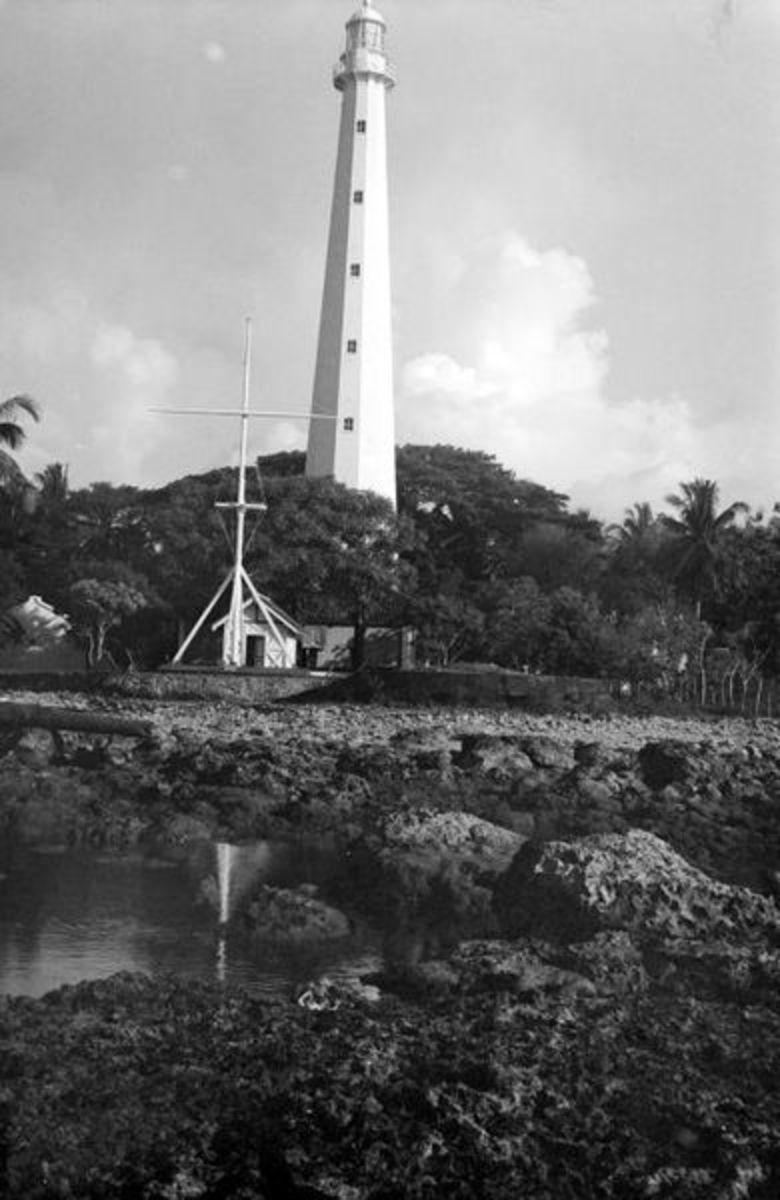 The Cikoneng lighthouse circa 1933.