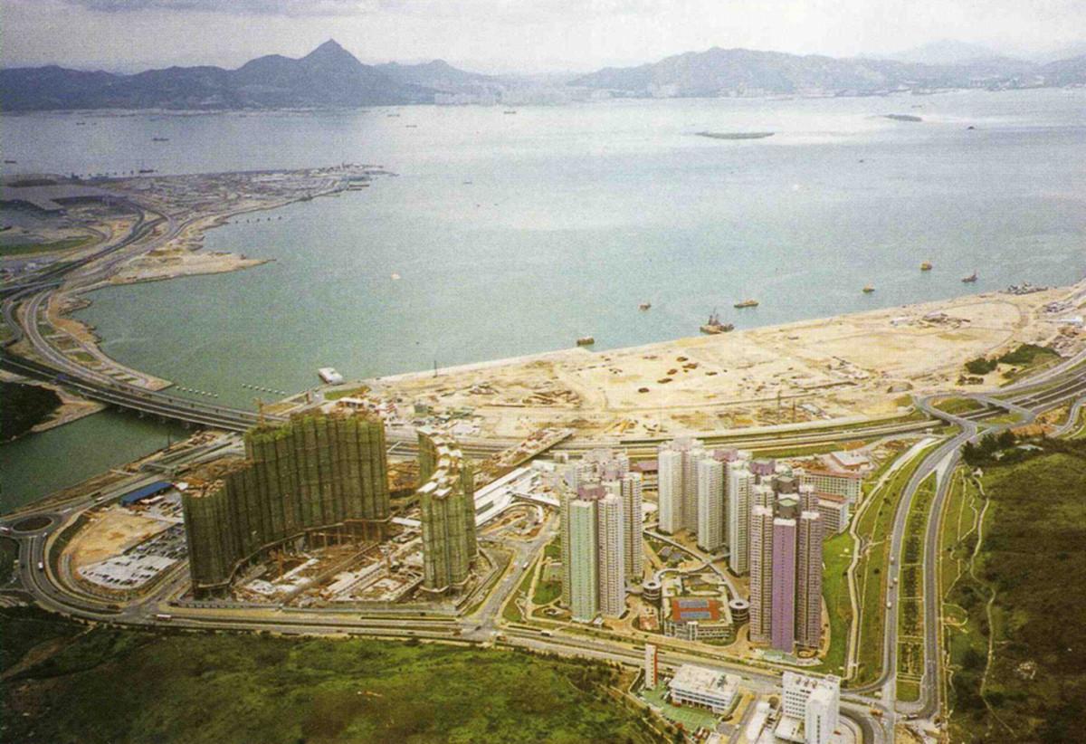 Tung Chung in 1998