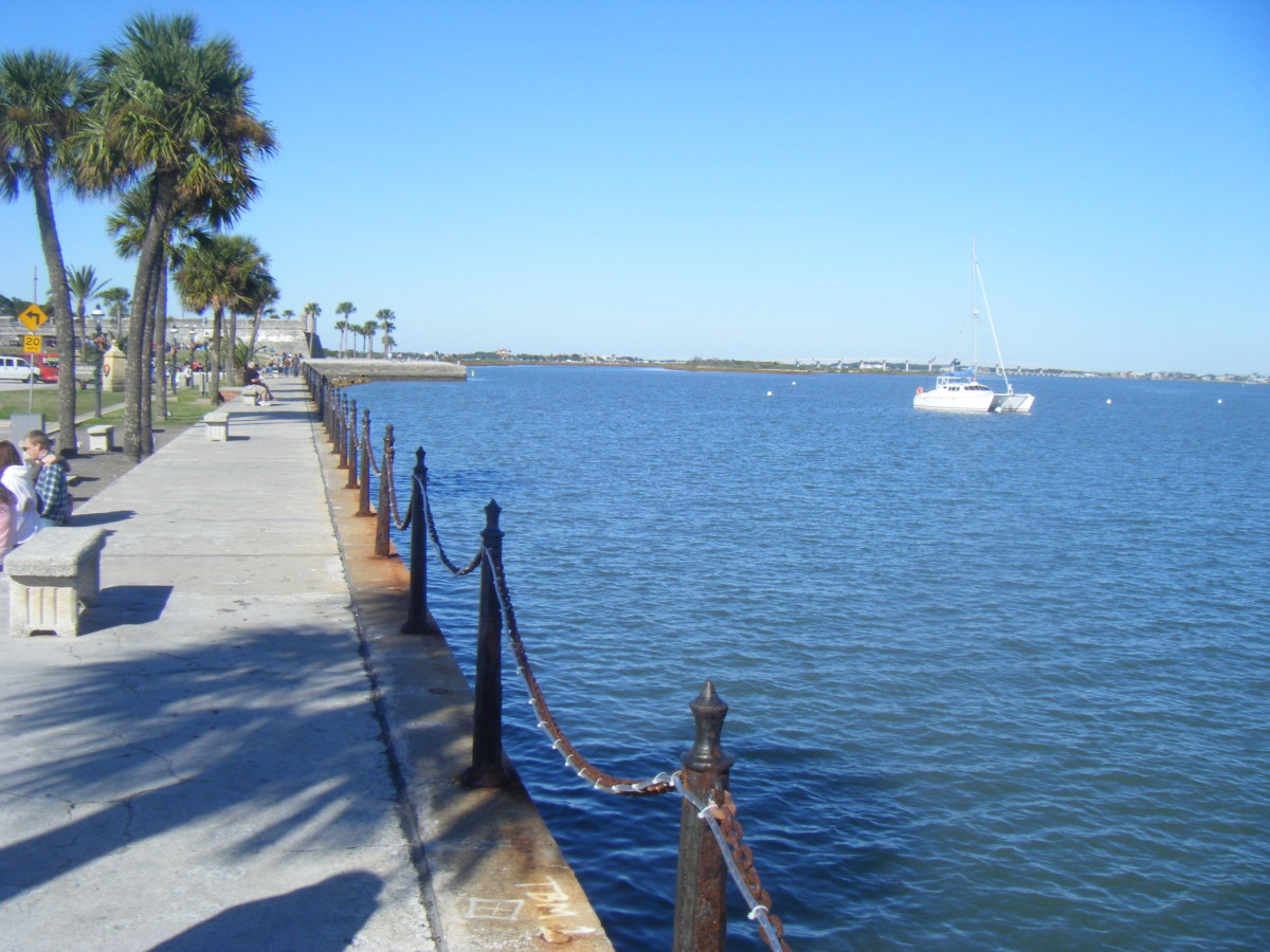 St Augustine Bay. The Castillo de San Marcos can be seen in the background.  The old fort overlooks the bay and was used to protect the settlement from unwelcome visitors.